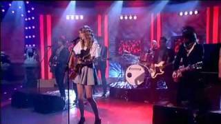 Taylor Swift - Teardrops On My Guitar Live Paul O´Grady Show