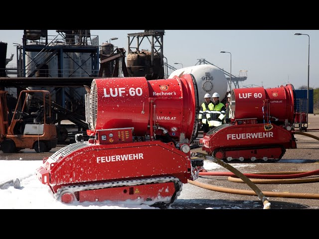 LUF 60 Fire Fighting Robot Performance