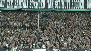 Aksi Bonek di Tribun Green Nord | Lepas Kaos dan Adu Chant dukung Persebaya | Persebaya vs Persib