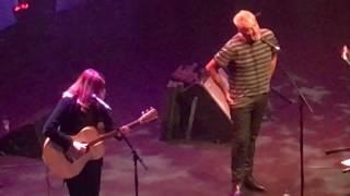 Daryl Braithwaite & Ricki Lee Jones singing The Horses