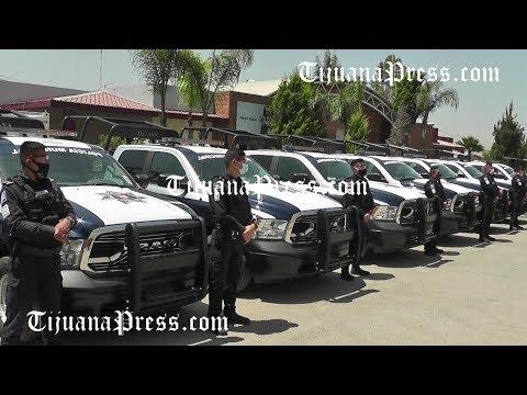Entregan patrullas a policía municipal de Tijuana
