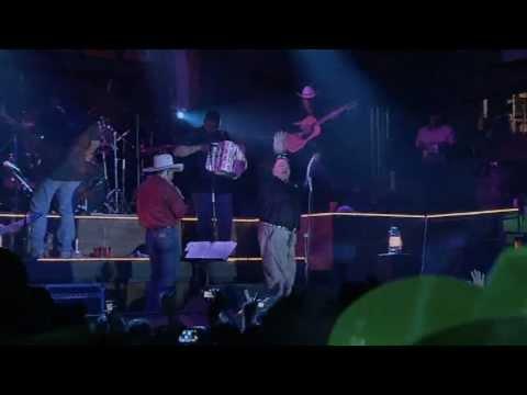 Emilio Navaira - La Llamada  (El Regreso Del Rey En Vivo)