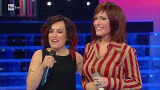 """Alessia Macari interpreta Alexia: """"Dimmi come..."""" - Tale e Quale Show 27/10/2017"""