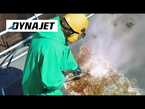Cleaning ships: on-board maintenance