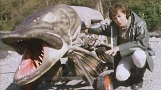 12ft Mechanical Fish! | 80's Physical Effects | Tomorrow's World | Brit Lab | BBC