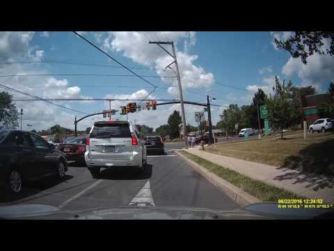 Idiot Lexus Driver of Doylestown, PA Can't Figure Out How To Stay In Lane