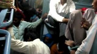 Бомж-вагон в Індії