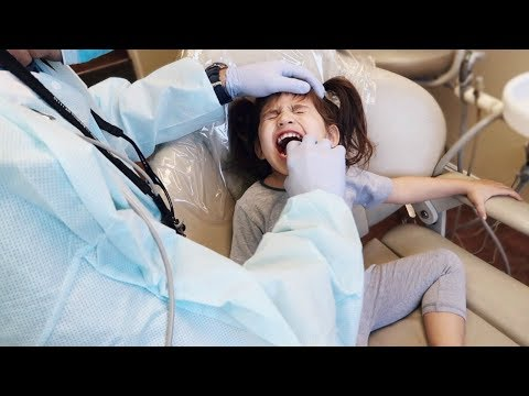 TODDLERS FIRST DENTIST VISIT!!!