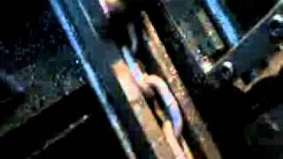 Auto-Iron Chain Welding Machine.wmv