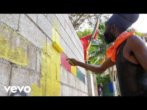 Sizzla - Crown on Your Head (Official Video)