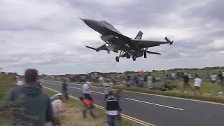 Fighter Jet Almost Lands Too Early