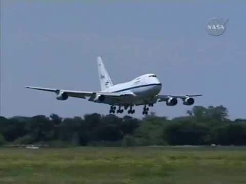Maiden Flight of NASA's Stratospheric Observatory for Infrared Astronomy (SOFIA)