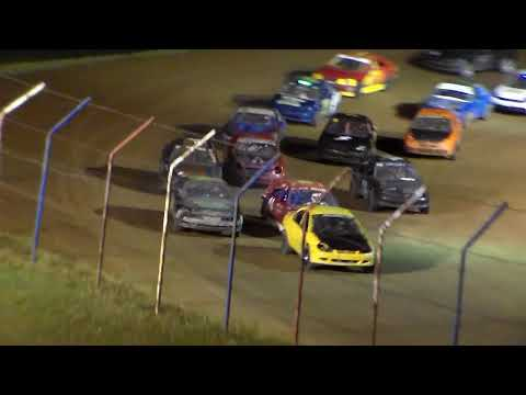 Dog Hollow Speedway - 8/18/17 Four Cylinder Feature Race