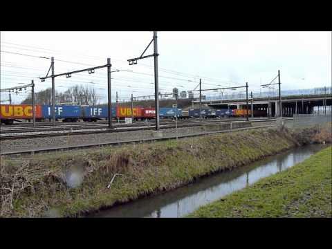 6434, MaK; Maschinenbau Kiel, mit Überraschung; 9520, Containerzug, Barendrecht, 19 januari 2011
