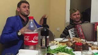 Армянин спел о турках