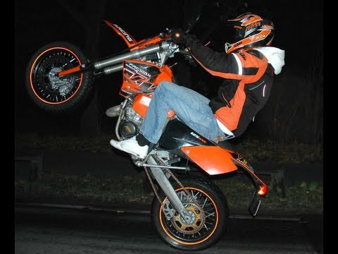 ktm exc 125 supermoto wheelie action movie youtube. Black Bedroom Furniture Sets. Home Design Ideas