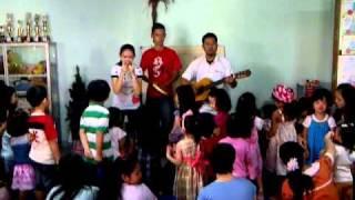 lagu rohani anak sekolah minggu - anak monyet di atas pohon