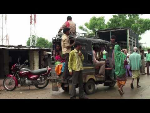 The market of Joz near Chhota Udepur (Gujarat - India)