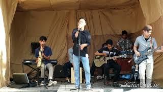 Download lagu Dewa - perempuan paling cantik di negeri ku indonesia cover akustik  (Eshpadha)