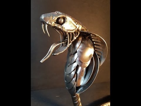 I BUILT A KING COBRA SNAKE SCULPTURE FROM WELDING RECYCLED SCRAP METAL