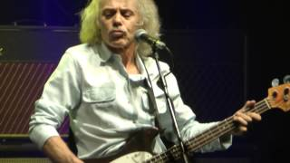 Status Quo-Is There a Better Way (Live Hammersmith Apollo 15/03/2013)