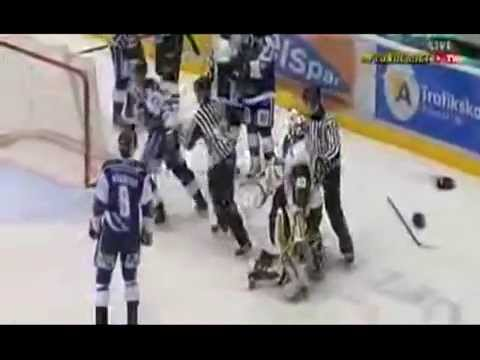 Leksands IFs Jean Luc Grand Pierre vs Gnagaren Fredrik Carlsson