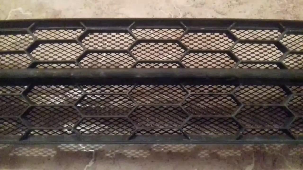 Защита радиатора – разумный выбор грамотного автомобилиста. С защитными сетками пыль и мусор на любой трассе перестанут быть вашими проблемами!. Интернет-магазин save96. Ru, 8-800-7752-876.