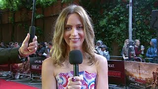 Edge of Tomorrow - Emily Blunt at London Premiere [HD]
