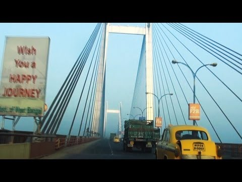 A car ride on Vidyasagar Setu