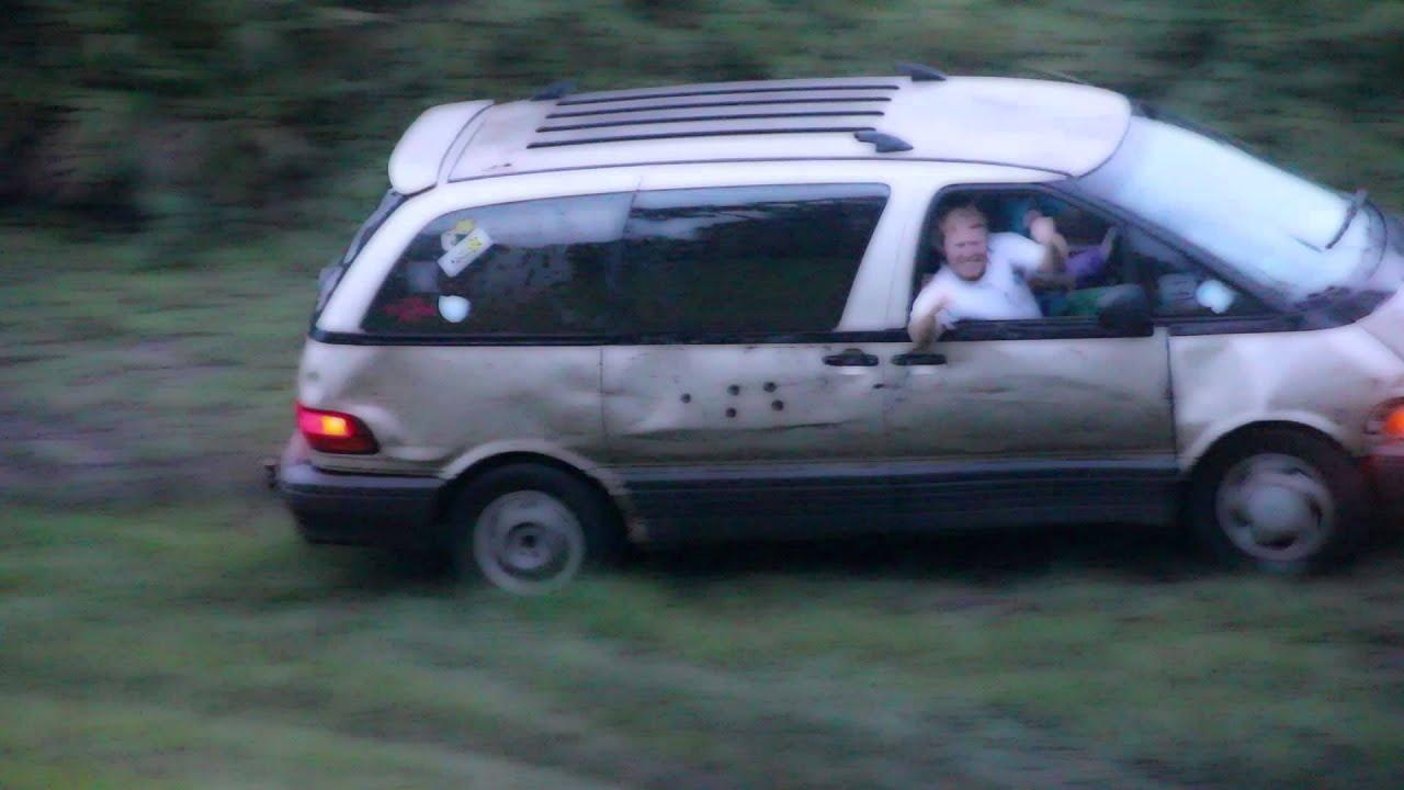 Toyota Previa Mudding - YouTube