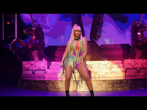 Nicki Minaj Performing At FOMO In Brisbane 2019 - YouTube