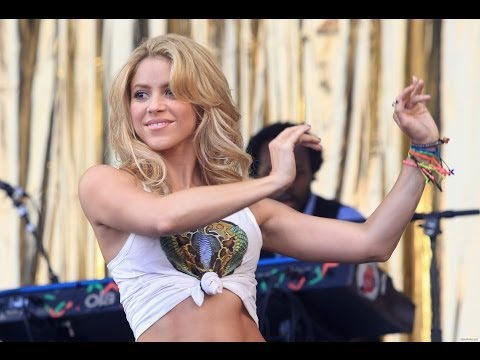 Shakira - Hips Don't Lie (Live Glastonbury Festival 2010 ) in HD
