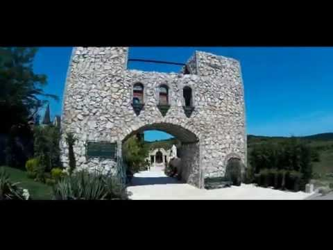 The Castle of Ravadinovo, Bulgaria / Travelling Buzz