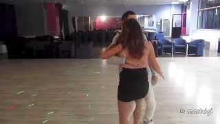 Repeat youtube video BACHATA - Romeo Santos