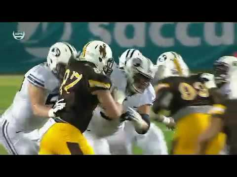 BOTCHED PUNT SETS UP BYU SCORE-#BYU vs. #Wyoming