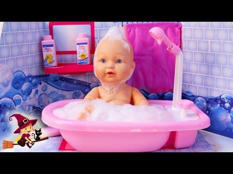 Juguetes De Agua Bañera De Juguete Con Un Muñeco Bebe