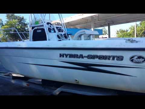 2001 Hydra-Sports 212 SeaHorse center console