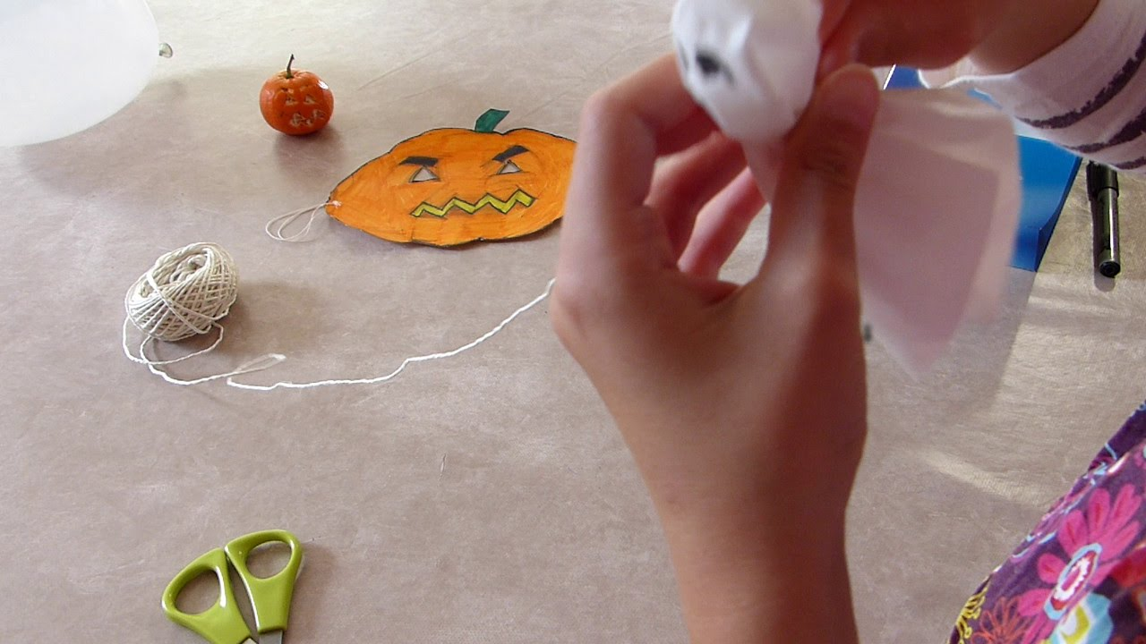 decorations halloween tuto pour les enfants youtube. Black Bedroom Furniture Sets. Home Design Ideas