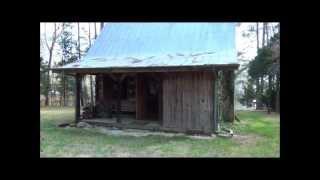A Neat Cabin!