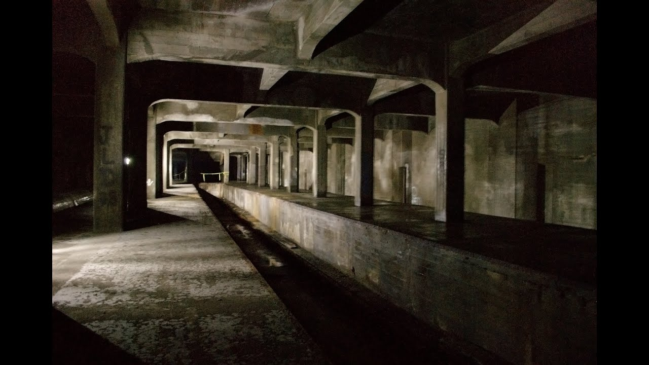 Ghost stations in the metro of the world