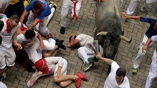 فيديو.. إصابات في مهرجان سان فيرمين للثيران بإسبانيا