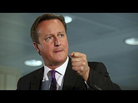 Panico per il referendum indipendentista, Cameron, Clegg e Miliband in Scozia