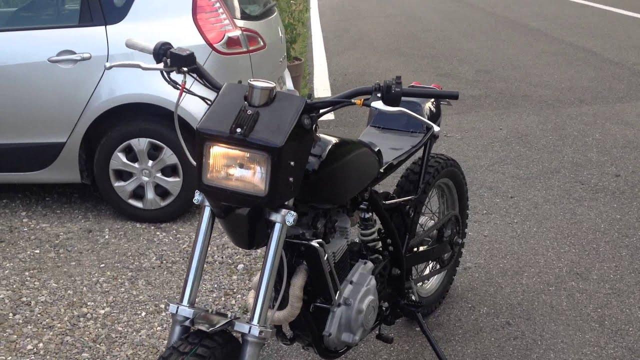 suzuki dr 600 tracker scrambler g rie moto youtube. Black Bedroom Furniture Sets. Home Design Ideas