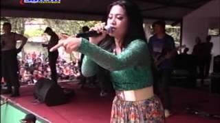 Niken Maheswara - Bara Bere LIVE TAMAN JURUG 19 JANUARI 2014