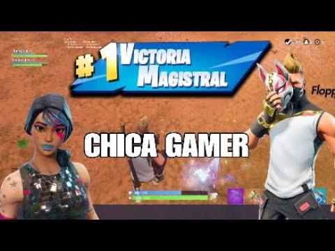 VICTORIA CON UNA CHICA GAMER!!! EPICO!!!