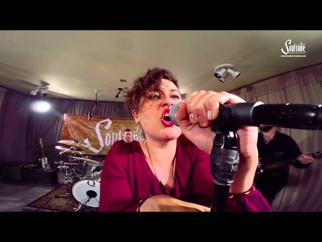 The Elizabeth Kill - Fighting 4U (music video)