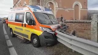 Lo schianto dell'ambulanza