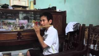 Dáng đứng Bến Tre- sáo trúc Cao Trí Minh. Tháng 10/2013