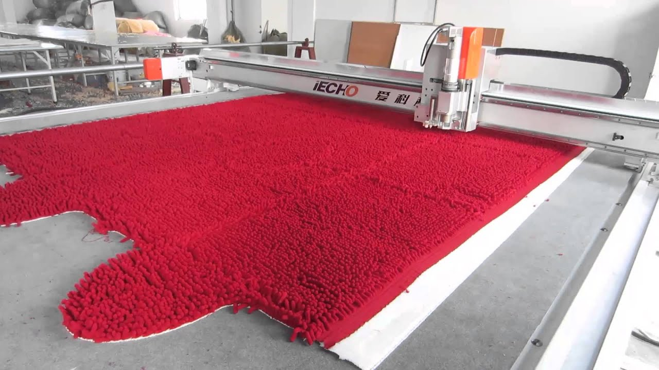 how to use a carpet cutter
