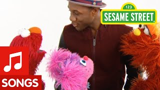 Sesame Street: Everyday Heroes Club Song (with Aloe Blacc and Elmo)
